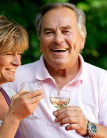 Pros, Cons, and Precautions to Take With Gout and Alcohol